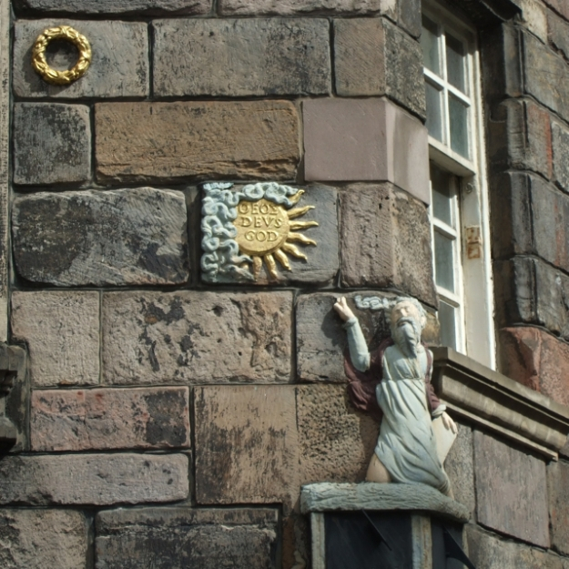 Canongate spring John Knox House